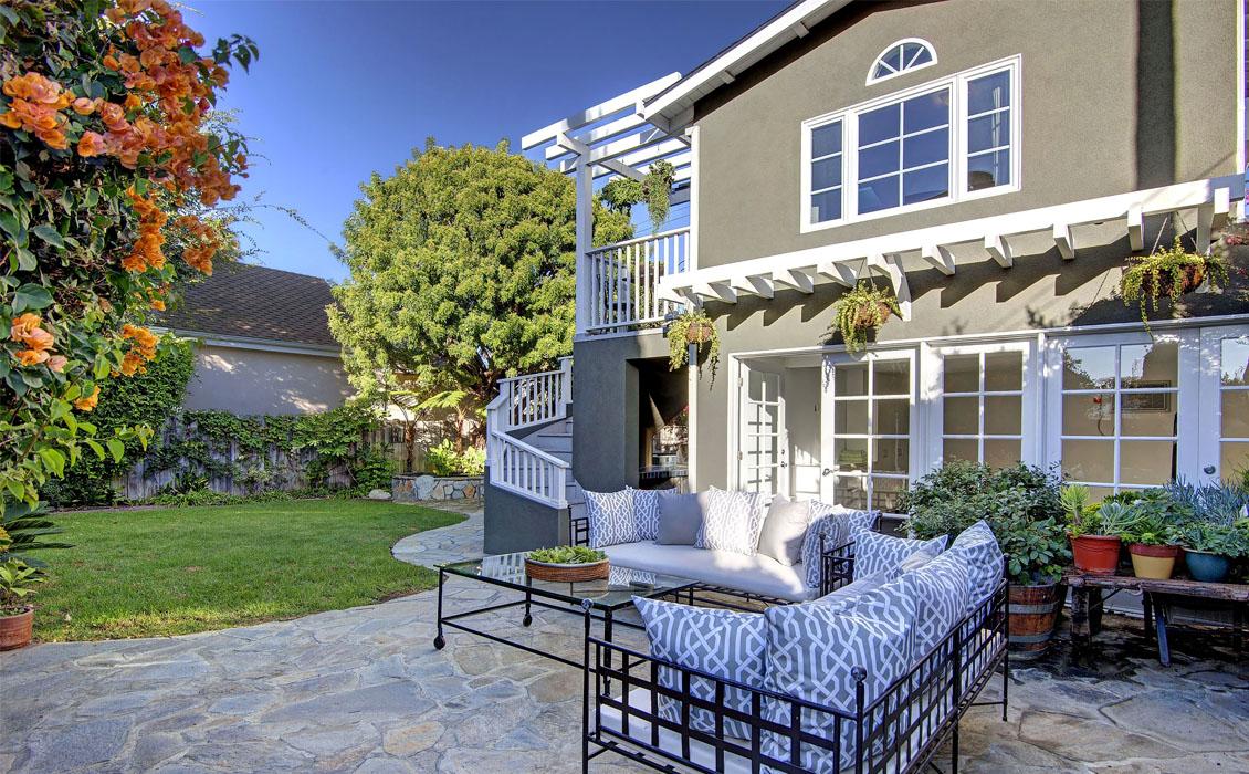 Dwellarc-El-Manor-Guesthouse-Westchester-CA-1130x700-02