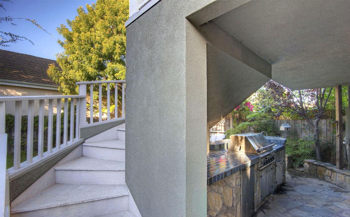 Dwellarc-El-Manor-Guesthouse-Westchester-CA-1130x700-05